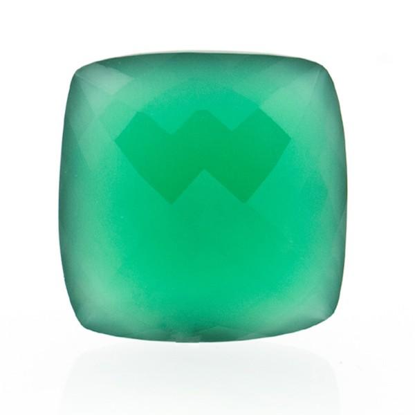 Agate, dyed, green, briolette, antique shape, 18 x 18 mm