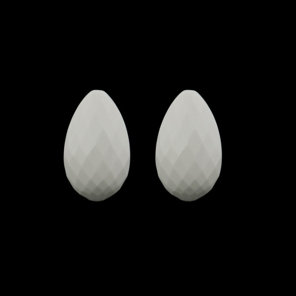 Cacholong, white, faceted teardrop (harlequine), 18x11mm