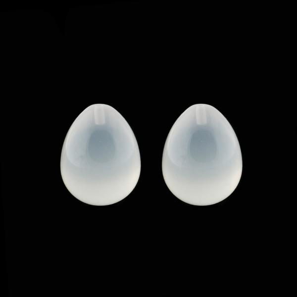 Milky quartz, white, teardrop, smooth, 17 x 13 mm